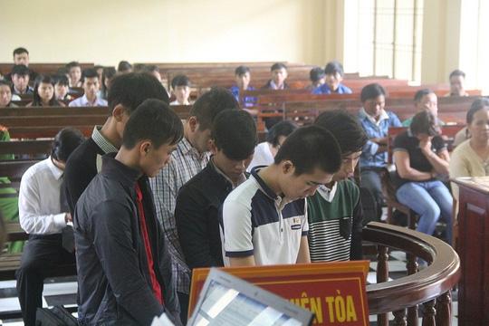 Nhóm học sinh cướp tài sản người nước ngoài lãnh án - 1