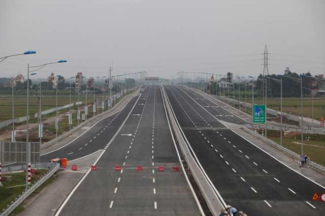 Thủ tướng phát lệnh thông xe cao tốc hiện đại nhất Việt Nam - 2