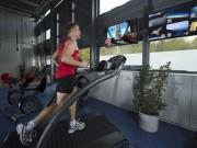 Thể thao - Siêu khó: Chạy trên vũ trụ đua với trái đất