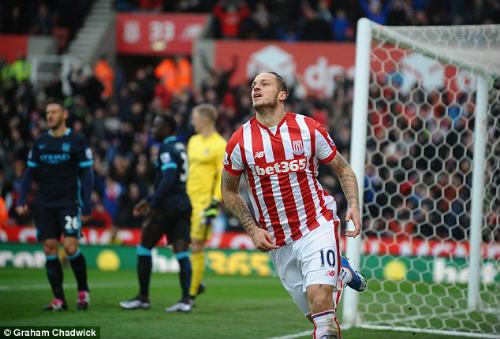 """""""Man City thua Stoke không phải vì thủ tệ"""" - 1"""