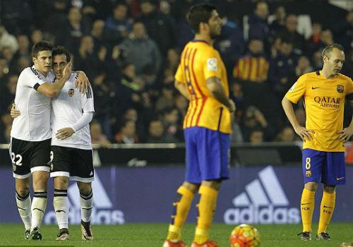 Valencia - Barcelona: Niềm vui vỡ òa - 1