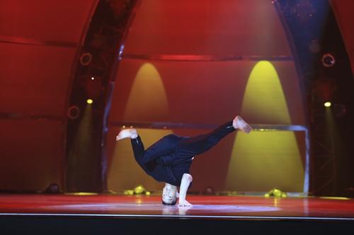 Đông Nhi xúc động với bài nhảy về tình mẫu tử - 3