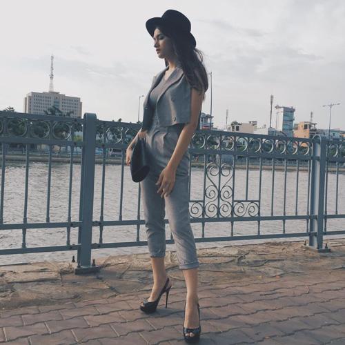Facebook sao 6/12: Angela Phương Trinh làm cô dâu - 10