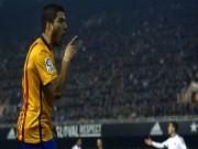 Bóng đá - Valencia đen đủi: Barca ghi bàn tranh cãi