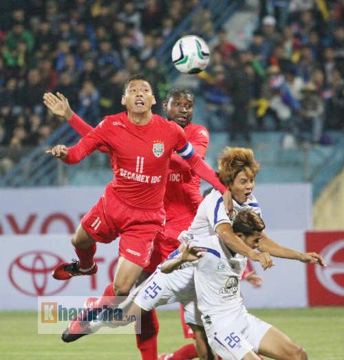 Thủ kém, vô địch V-League thua đội bóng Campuchia - 2