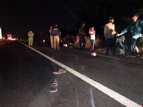 Xác nạn nhân bị TNGT nằm cách hiện trường… 5 cây số - 1