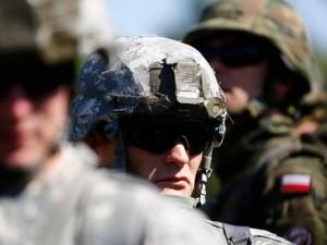 """Ba Lan muốn NATO cấp vũ khí hạt nhân để """"đối mặt"""" Nga"""