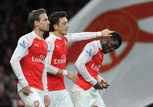 Arsenal và cúp C1: Bị loại thì dở, đi tiếp cũng khổ - 2