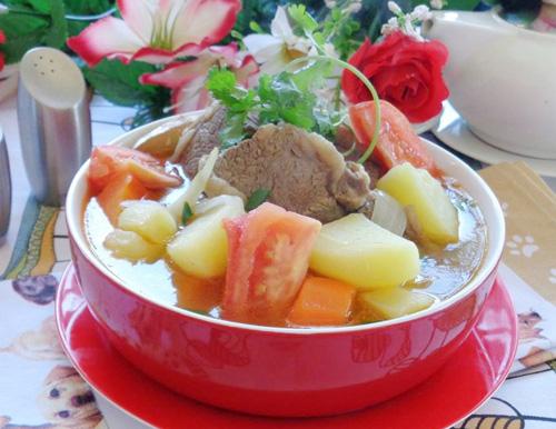 Bữa cơm hấp dẫn với 4 món canh ấm nóng - 4