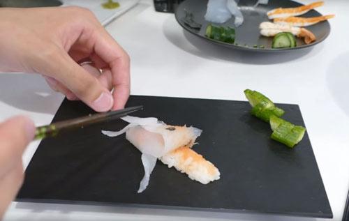 Cách làm Sushi hình con cá đánh lừa được cả mèo - 11