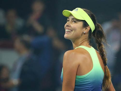 Tennis Ngoại hạng: Ngày căng thẳng - 1