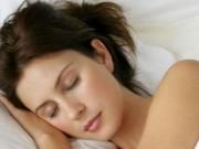 Sức khỏe đời sống - Các thói quen trước khi ngủ hủy hoại nhan sắc nhanh chóng