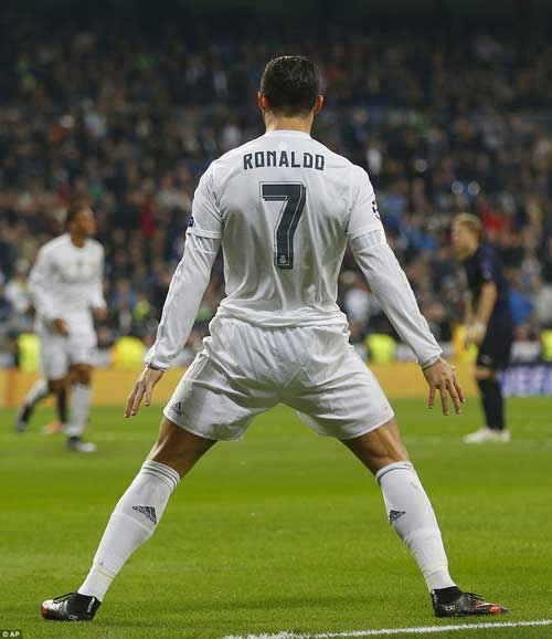 """Cristiano Ronaldo: """"Kỷ lục tự đến với tôi"""" - 1"""
