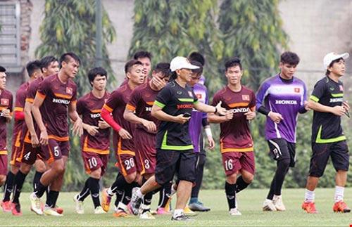 Đội tuyển U-23 Việt Nam: Rèn luyện dưới 'bão' - 1