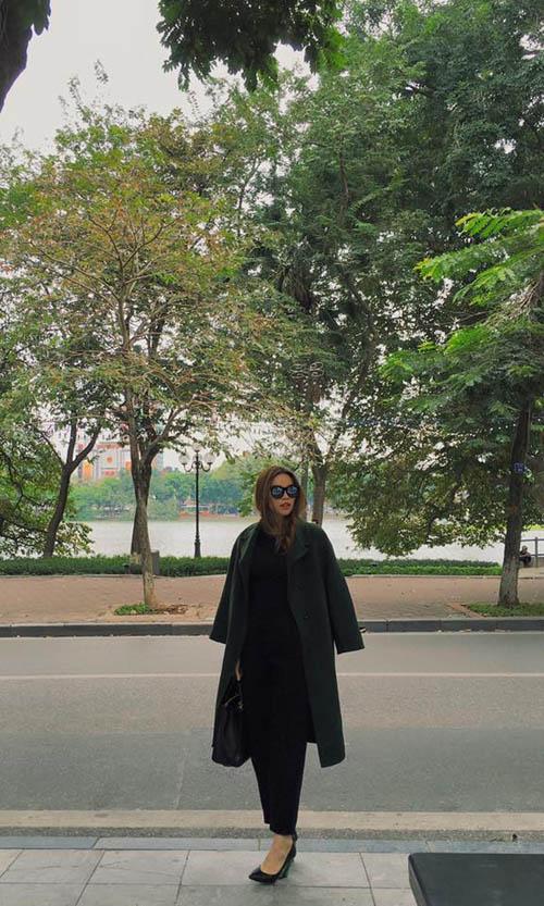 Facebook sao 9/12: Hà Hồ lo ngại rò rỉ ảnh bị chụp lén - 2