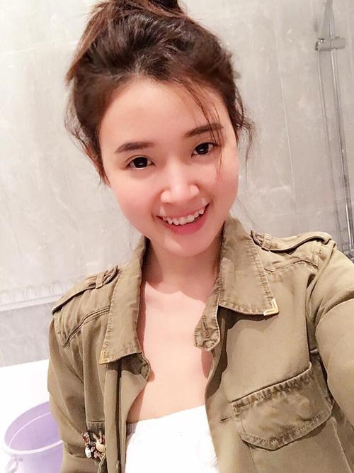 Facebook sao 9/12: Hà Hồ lo ngại rò rỉ ảnh bị chụp lén - 6