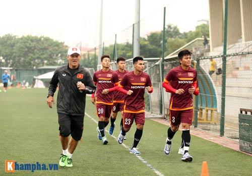 U23 Việt Nam: Tuấn Anh tập riêng, Công Phượng đau tay - 2