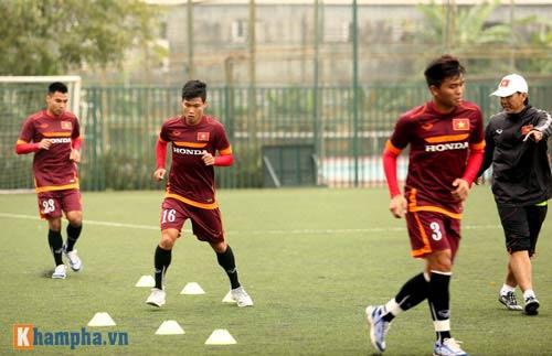 U23 Việt Nam: Tuấn Anh tập riêng, Công Phượng đau tay - 8