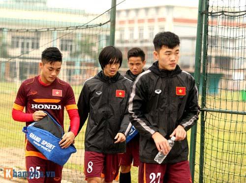 U23 Việt Nam: Tuấn Anh tập riêng, Công Phượng đau tay - 14
