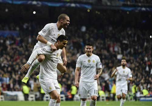 """Ronaldo: Kỷ lục vô nghĩa, """"Bóng vàng"""" quá xa - 2"""