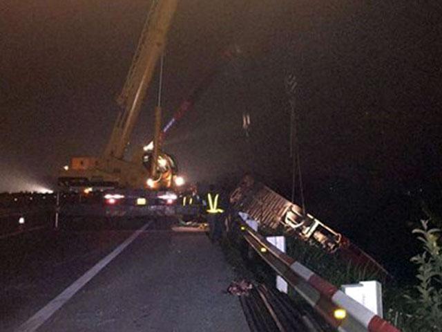 Bất nhất lời khai 2 tài xế vụ tai nạn trên cao tốc Pháp Vân - 1