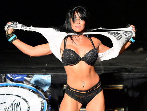 Nữ võ sĩ mặc bikini siêu mỏng, đấm đá tơi bời trên võ đài - 8