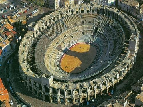 5 đấu trường La Mã cổ hiên ngang thách thức thời gian - 9
