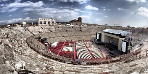5 đấu trường La Mã cổ hiên ngang thách thức thời gian - 5