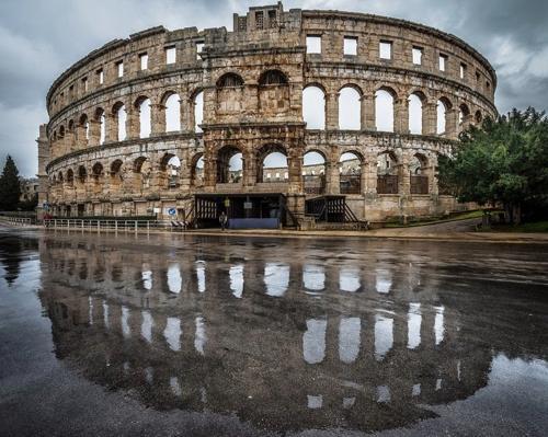 5 đấu trường La Mã cổ hiên ngang thách thức thời gian - 6