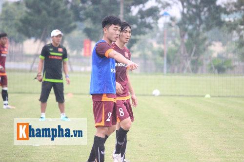 """Tuấn Anh tự gây chấn thương, U23 VN lại """"méo mặt"""" - 2"""
