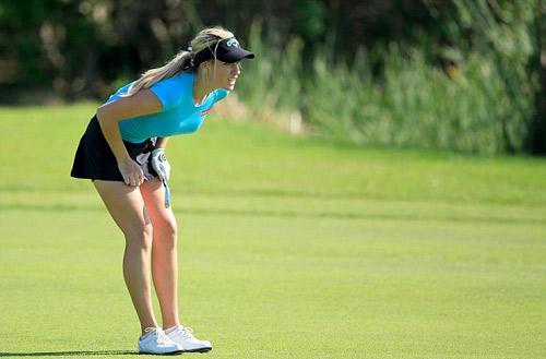 Được dự giải golf danh giá nhờ… quá quyến rũ - 4