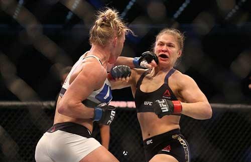 """Ấn định ngày """"đòi nợ"""" cho Ronda Rousey - 1"""