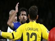 """Bóng đá - Nổi điên, Costa """"đá bẩn"""" với cả Casillas"""