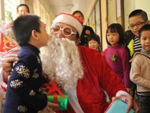 """Tình yêu - Giới tính - Dịch vụ """"ông già Noel thăm nhà"""" lại vào mùa"""