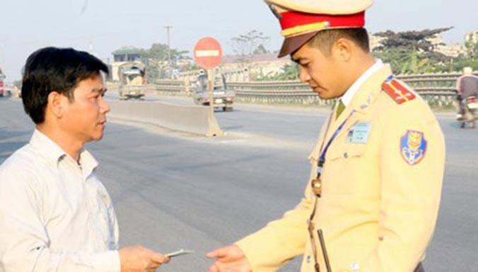 5 km, 3 chốt cảnh sát giao thông - 1