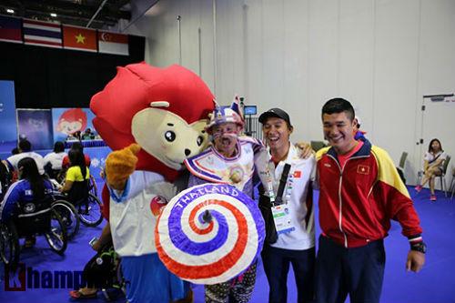 Hình ảnh cảm động của VĐV Việt Nam tại Para Games - 1