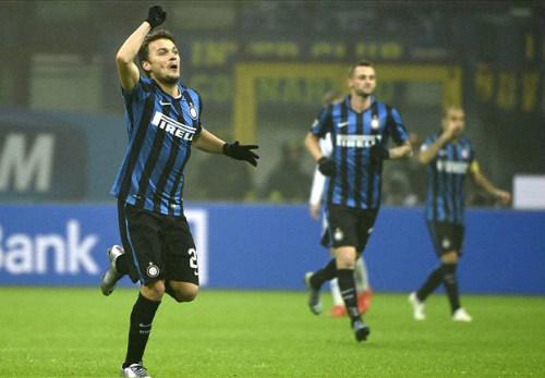 Serie A trước vòng 16: Cơ hội bứt tốc của Inter - 1