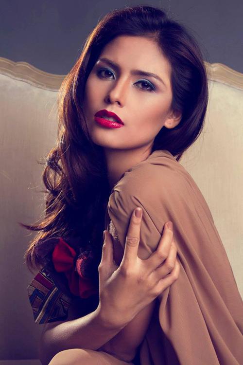 1449806367 1449803028 hoahau Vẻ hấp dẫn của 5 ứng viên sáng giá nhất Miss World 2015