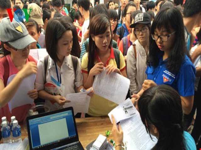 TP HCM cần tuyển dụng 45.000 việc làm dịp cuối năm 2015 - 1