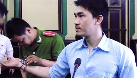 Y án 4 năm tù người tình cướp điện thoại của nữ đại gia - 1