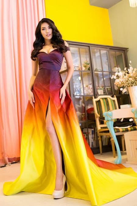 1449818959 1449816357 vay10 Váy của Lan Khuê lọt top 10 thiết kế dạ hội đẹp nhất
