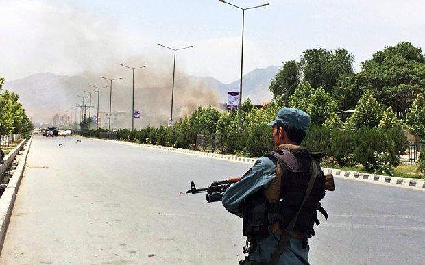Taliban đánh bom rung chuyển tòa nhà Quốc hội Afghanistan - 3