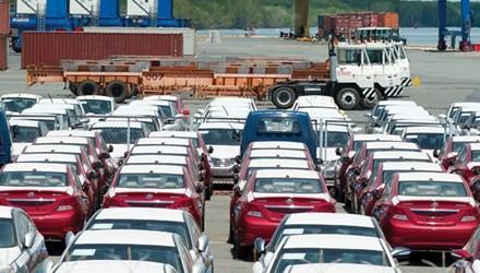 Ô tô nhập khẩu nguyên chiếc tăng mạnh - 1