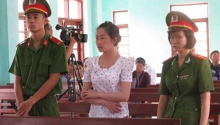 """Vợ Tàng """"Keangnam"""" xin lại nhà Hà Nội để cho con ăn học - 1"""