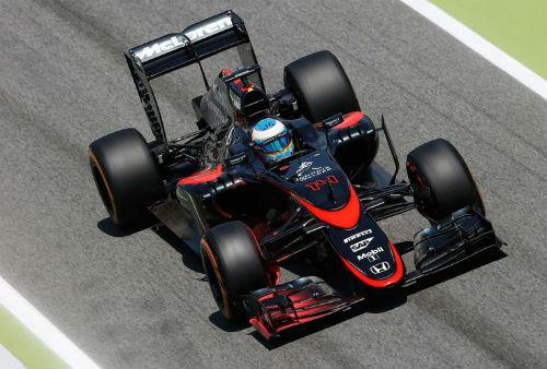 """Nhìn lại F1 2015: Giải đua """"Mercedes và những người bạn"""" (P5) - 3"""