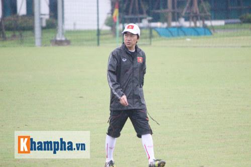 "Clip: HLV Miura ""truyền lửa"" cho U23 Việt Nam - 8"