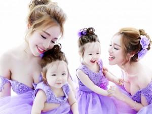 Bạn trẻ - Cuộc sống - Bộ ảnh đong đầy tình cảm của Elly Trần và con gái