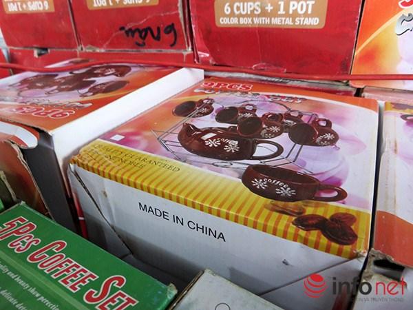 Đà Nẵng: Hàng Trung Quốc lại chui vào hội chợ hàng Việt! - 3