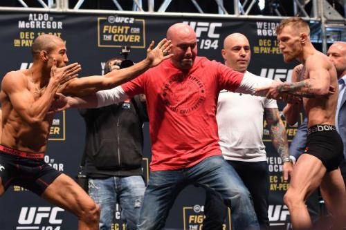 """""""Gã điên"""" bị chơi đểu trước đại chiến UFC - 3"""