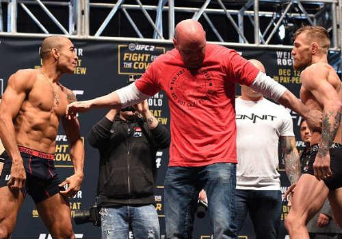 """""""Gã điên"""" bị chơi đểu trước đại chiến UFC - 4"""